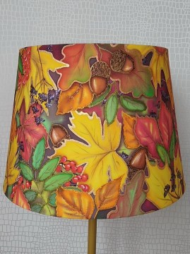 lamp-batik-bright-october-vikavalieva