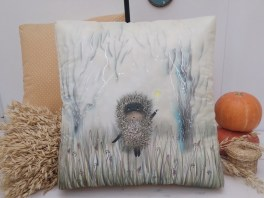 pillow-hedgehog-batik-silk